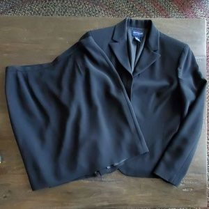 Ann Taylor Jacket and Skirt 6 Petite Black Suit